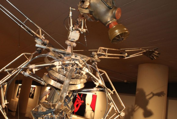 ximo-lizanas-work-comprises-robotic-sculpture-and-technological-installations-580x388