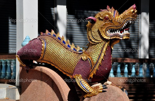 depositphotos_36060159-chiang-mai-thailand-dragon-figure
